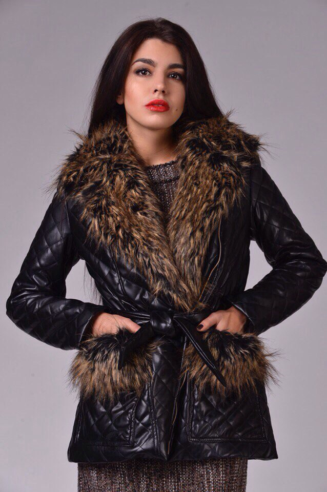 Женская куртка экокожа на синтепоне