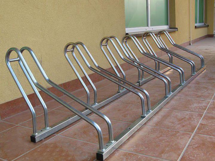 Велопарковка на 6 велосипедів