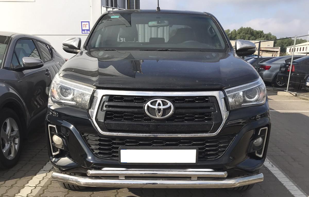 Защита переднего бампера Toyota Hilux 2016+ 70/42