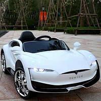 Детский электромобиль на аккумуляторе Tesla  T-7636 белый. Машина на пульте Тесла