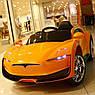 Дитячий електромобіль на акумуляторі Tesla T-7636 помаранчевий. Машина на пульті Тесла, фото 4