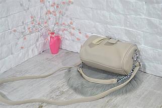 Сумочка Моника кросс-боди с цепочкой и длинным ремешком светло-серая женская, фото 2