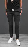 Спортивні жіночі штани з тонким лампасом під манжет виробництво Україна.