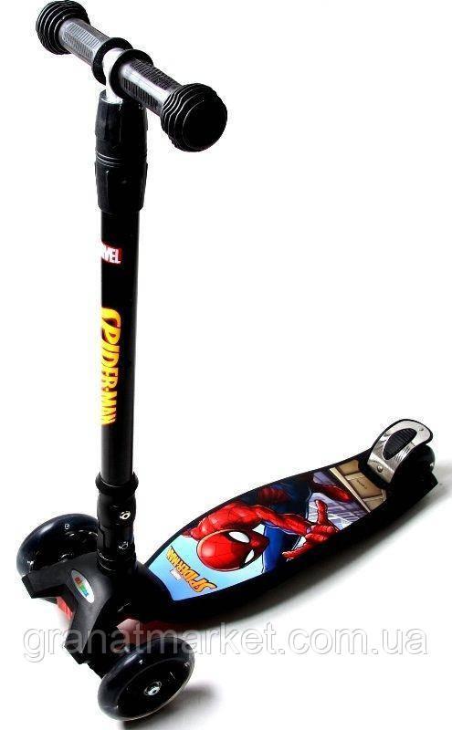 """Самокат Maxi Scooter Disney Marvel \""""Spiderman\"""" с наклоном руля и со складной ручкой"""