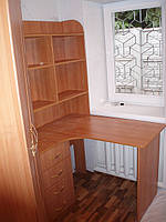 Стол угловой с надстройкой вишня