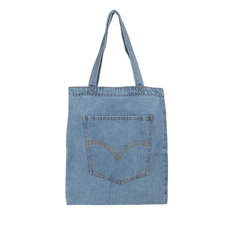 Жіноча джинсова сумка з накладною кишенею світло-синього кольору