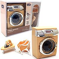Детский игровой набор «Прачечная» (утюг, стиральная машинка, корзина, плечики) на батарейках (A1001-3), фото 1