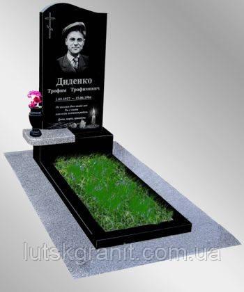 Пам'ятники з каменю на могилу Луцьк