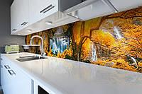 Виниловый кухонный фартук самоклеющийся Осень в лесу (скинали для кухни наклейка ПВХ) желтые листья водопад 600*2500 мм