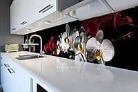Виниловый кухонный фартук Сочные Орхидеи (скинали для кухни наклейка ПВХ) цветы белые красные на Черном фоне 600*2500 мм