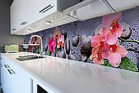 Виниловый кухонный фартук Яркие Орхидеи (скинали для кухни наклейка ПВХ) цветы камни капли роса Серый 600*2500