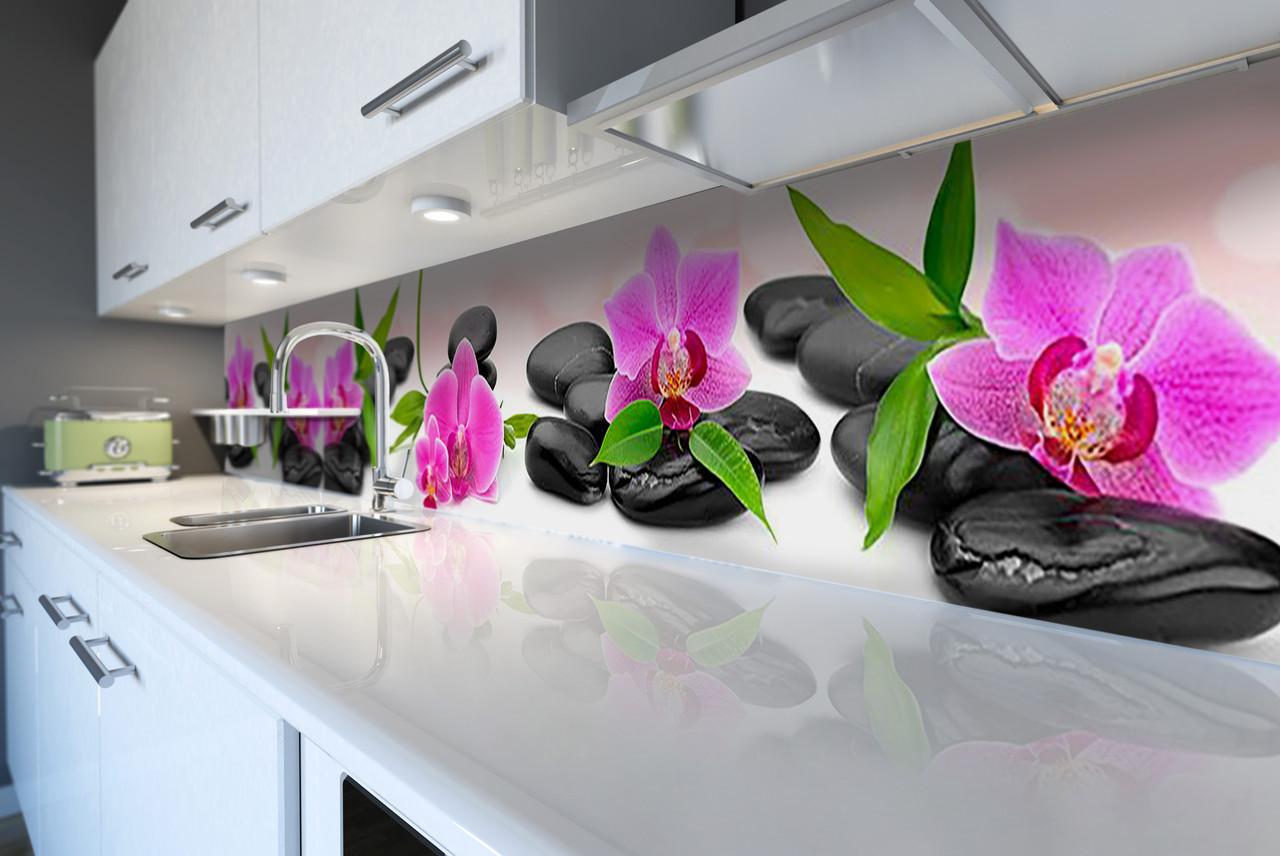 Виниловый кухонный фартук Яркие орхидеи на гладких камнях (скинали наклейка ПВХ) цветы камни Розовый 600*2500 мм