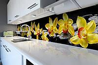 Виниловый кухонный фартук Желтые Орхидеи на черных камнях скинали для кухни наклейка ПВХ Цветы 600*2500 мм
