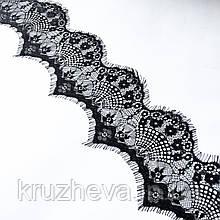Ажурное французское кружево шантильи (с ресничками) черного цвета шириной 9 см, длина купона 3,0 м.