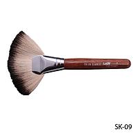 Большая натуральная кисть для растушевки румян и удаления излишков макияжа - соболь