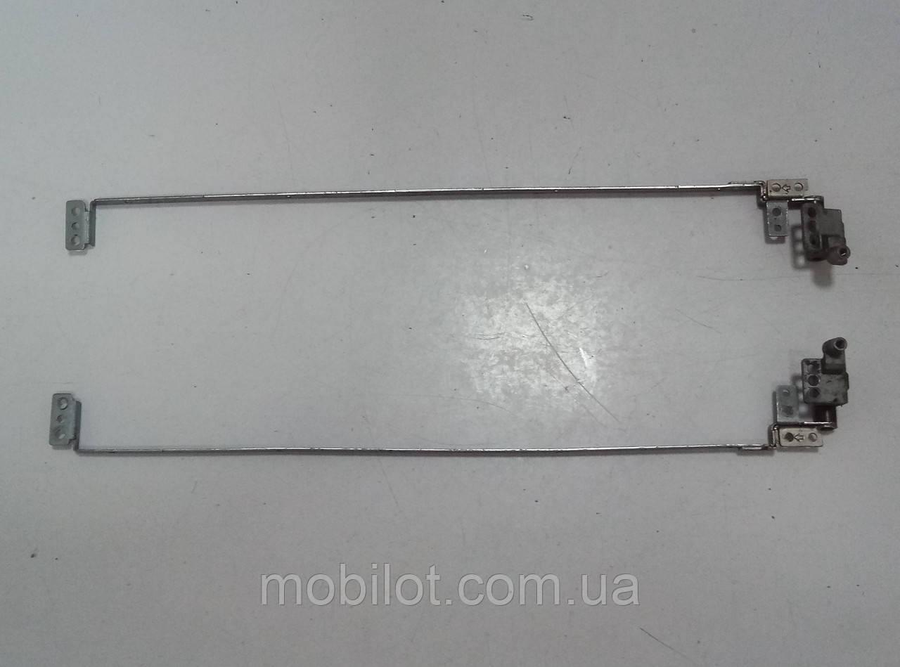 Петли Toshiba L30 (NZ-12891)
