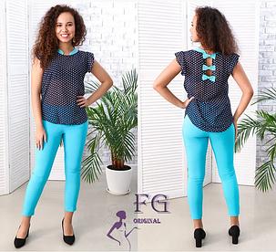 Женский брючный костюм голубые брюки-капри с блузкой, фото 2