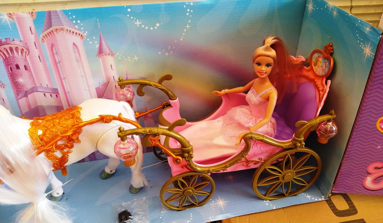 Карета с лошадью, принцессой и аксессуарами 209  лошадка ходит, звуковые эффекты, в коробке