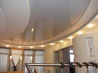 Натяжной потолок в сочетании с коробом