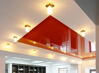 Глянцевый потолок с коробом