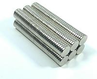 Магнит неодимовый. Диск 8x1.5 мм Сцепление ≈ 0,9 кг 60шт
