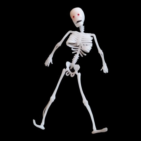 Игрушка прикол резиновый скелет 30см