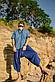 Легкая комфортная красивая мужская рубашка цвета джинс., фото 2