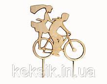 Топпер деревянный На велосипеде