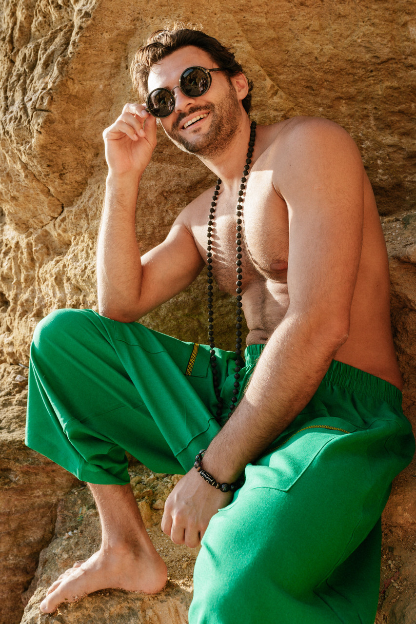 Стильные удобные штаны цвет зеленый