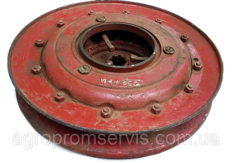 Муфта шкив ходовой части коробки переключения передач комбайна СК-5 НИВА (старого образца) 54-4-1-1