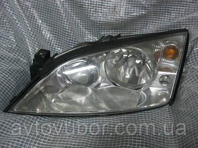 Фара передняя Ford Mondeo MK3 00-07