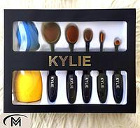 Набор кисточек для макияжа Кylie (Кайли), кисточки + спонж