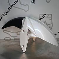 Крило переднє біле GEON CR6