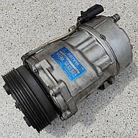 Компрессор кондиционера Volkswagen Skoda Seat Ford 1J0820803K