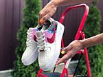 Женские кроссовки Nike Air Force 1 (бело-бежевые с розовым) 9675, фото 3