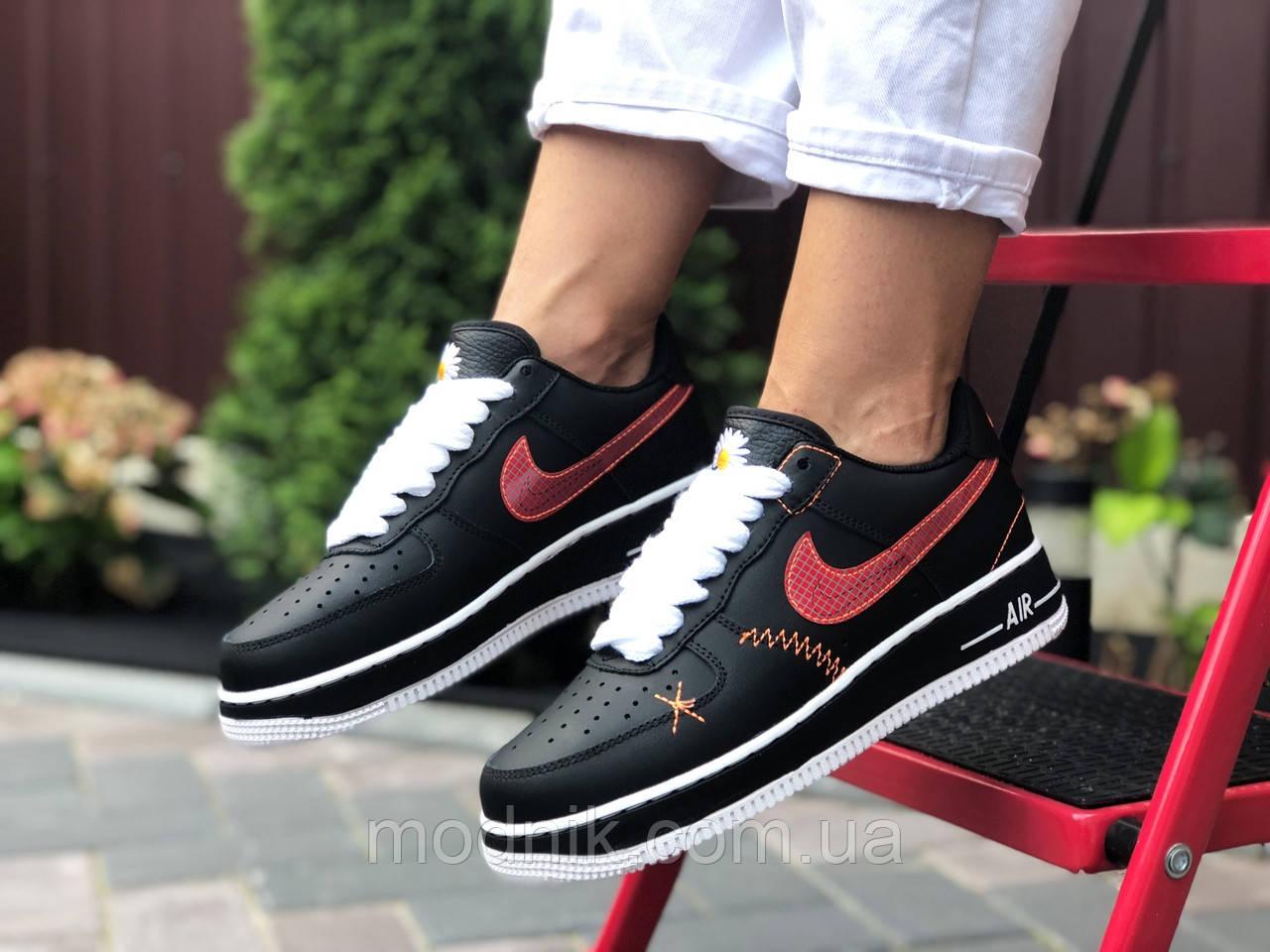 Женские кроссовки Nike Air Force 1 (черно-белые с красным) 9684