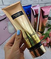 Парфюмированный лосьон для тела Victoria's Secret Bare Vanilla Shimmer, 236 ml
