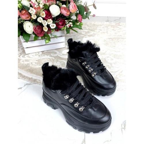 Зимние кожаные кроссовки на платформе