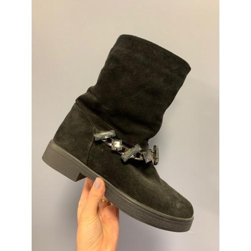 Ботинки замшевые декор камни