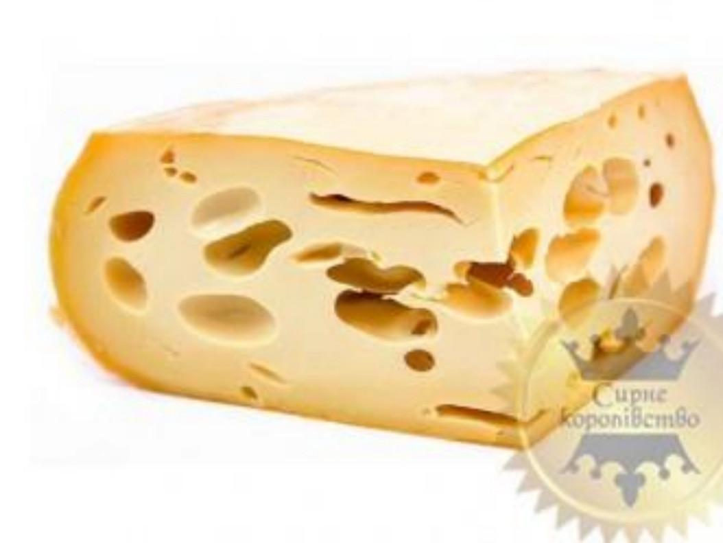 Маасдам - вкус сыра легкий  несоленый, с легким ореховым  послевкусием