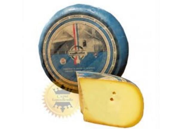 Екселентия молодой (1 мес) – нежный  молочный вкус с умеренным уровнем  соленого/сладкого.