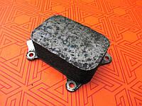 Масляный радиатор б.у для Citroen Berlingo 1.6 HDi. Теплообменник, охладитель, на Ситроен Берлинго 1,6 ХДИ.