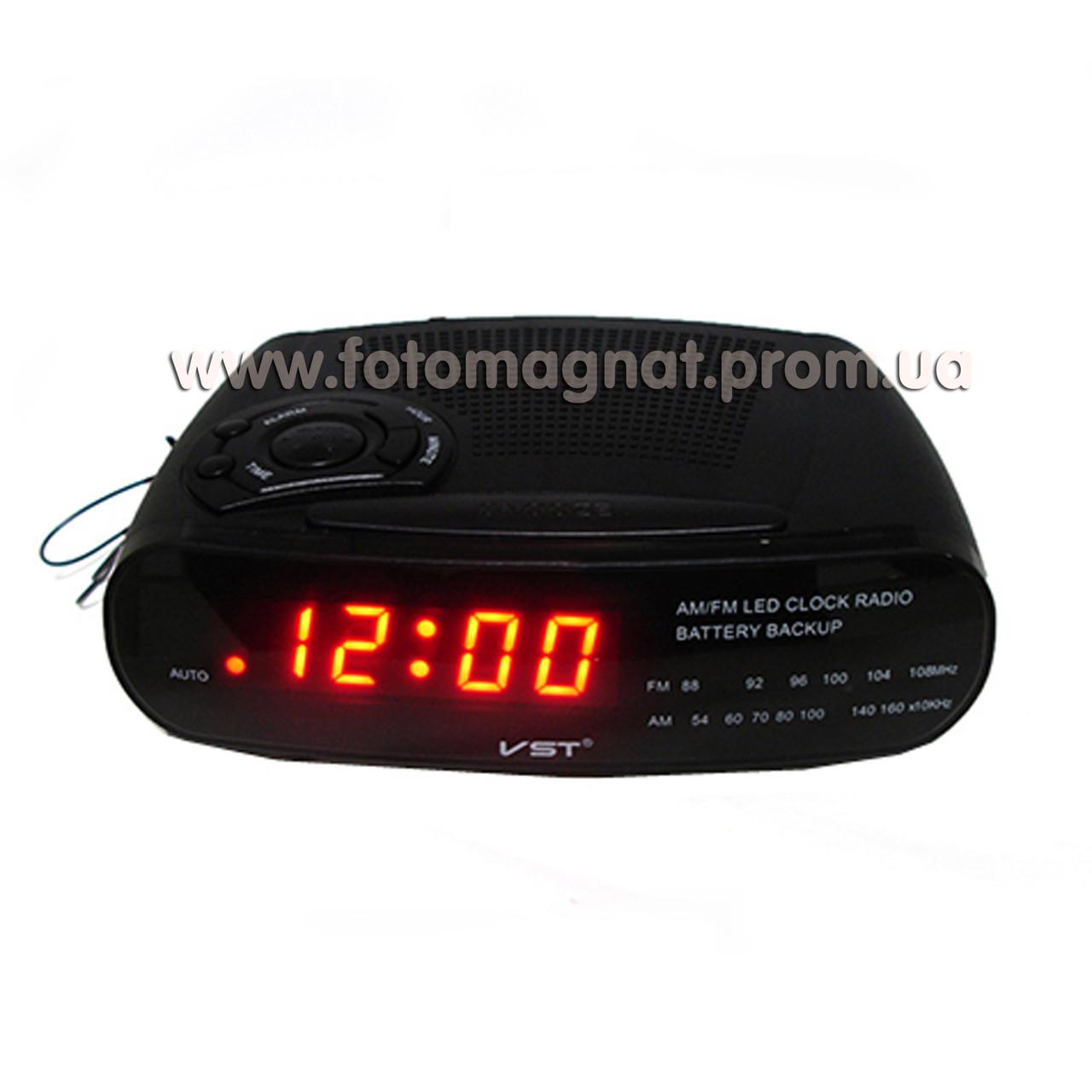 Часы сетевые VST 906-1 с  FM радио и Будильником, Красные