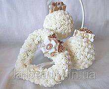 Декоративные шары из роз на подставке айвори для интерьера или свадьбы