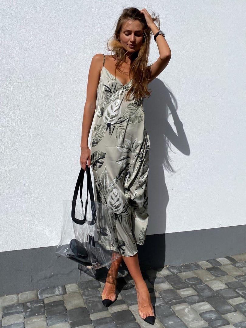 Шелковое платье-комбинация с принтом