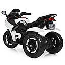 Детский электромобиль Мотоцикл M 3683 L-1, светящиеся колеса, кожаное сиденье, белый, фото 5