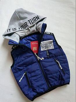 Детская жилетка на мальчика с капюшоном 5- 8 лет Турция