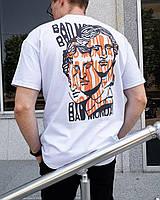 Мужская футболка с принтами