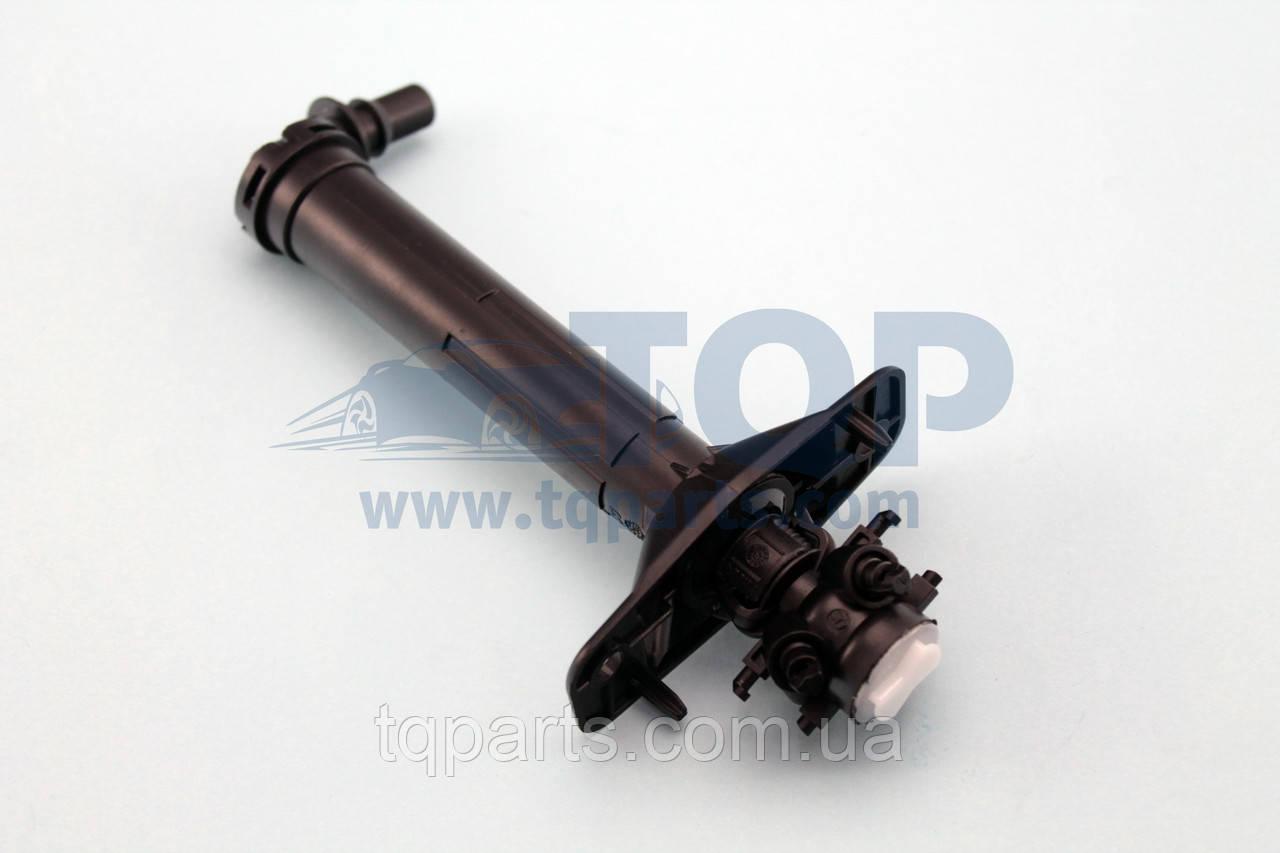 Форсунка омывателя фары прав., Распилитель фар 6J0955966, Seat Ibiza 13-17 (Сеат Ибица)