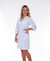 "Медицинский халат женский ""Health Life"" батист белый с вышивкой 2161"